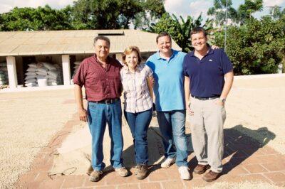 El-Salvador-Menendez-family